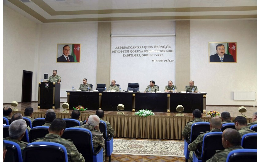 Zakir Hasanov gives specific instructions to commanders to cause enemy most serious losses