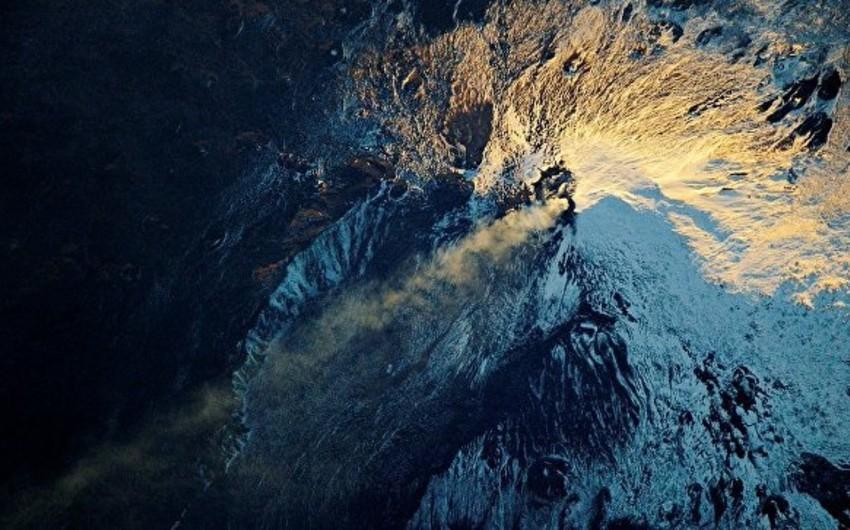 Десять человек ранены в ходе извержения вулкана Этна на Сицилии