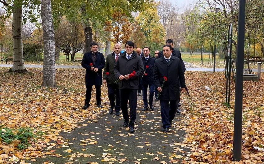 Diasporla İş üzrə Dövlət Komitəsinin sədri Vyanaya gedib