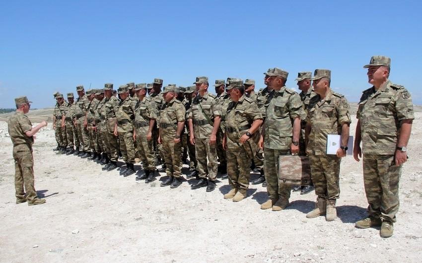 Azərbaycan Ordusu artilleriyaçılarının döyüş vəziyyətinə uyğun şəraitdə təlimi keçirilib