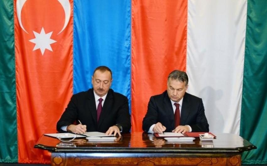 Azərbaycan və Macarıstan arasında bir neçə sənəd imzalanıb