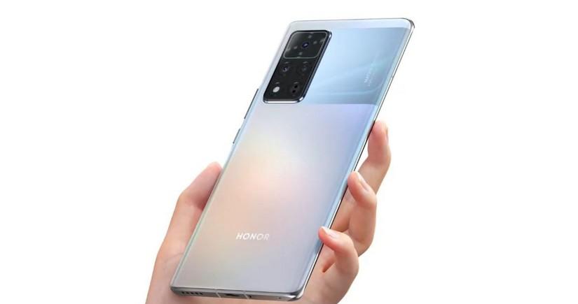 """""""Honor"""" """"Huawei""""siz ilk smartfonunu təqdim edib"""