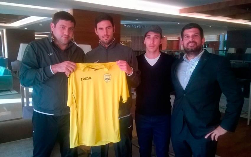 Simurq klubu ispaniyalı futbolçu ilə müqavilə imzalayıb