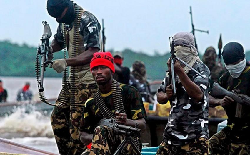 Militants kill over 10 civilians in Burkina Faso