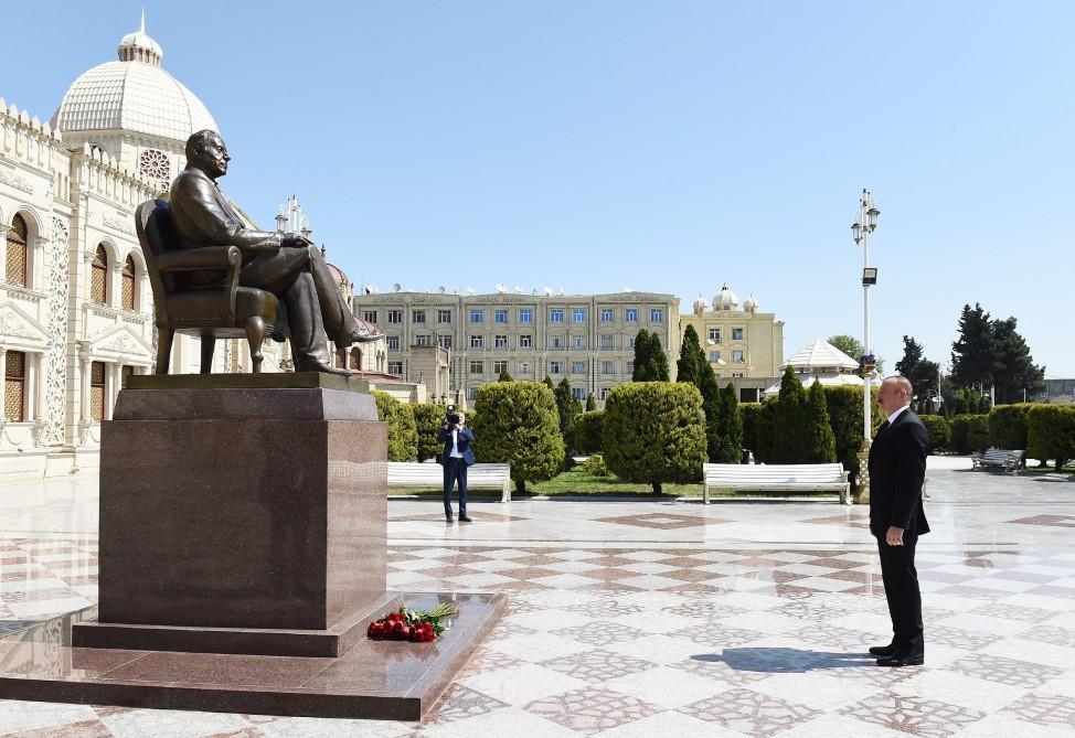 Президент Ильхам Алиев отправился в Хачмаз