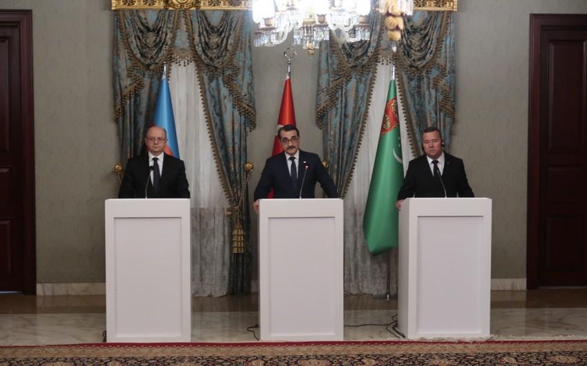 İstanbulda Türkiyə-Azərbaycan-Türkmənistan enerji əməkdaşlığı müzakirə edilib