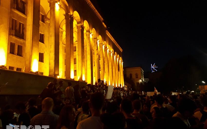 Tbilisidə kütləvi etiraz aksiyası başa çatıb - YENİLƏNİB