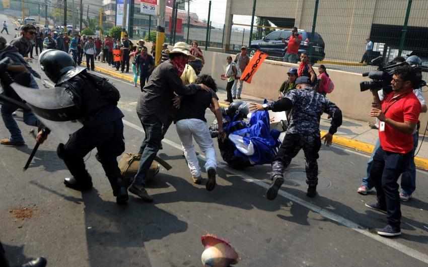 Hondurasda etirazlar zamanı 1 nəfər ölüb, 20-si yaralanıb
