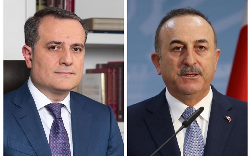 Azərbaycan və Türkiyənin XİN başçıları arasında telefon danışığı olub