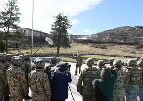 Dövlət başçısı: Düşmənə sarsıdıcı zərbələr endirərək 300-dən çox yaşayış məntəqəsini və Şuşanı azad etdik