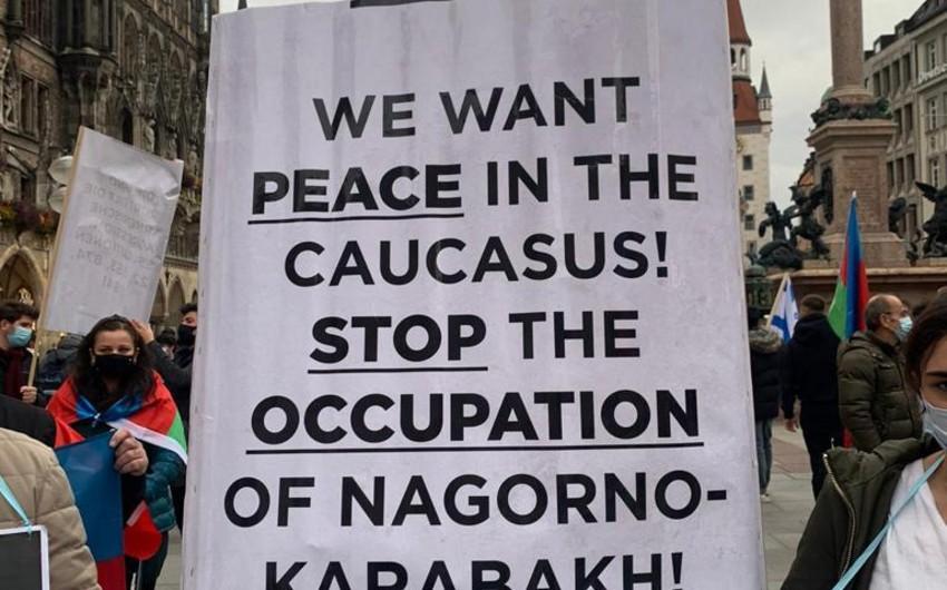 Münhendə erməni terroruna etiraz olaraq yürüş təşkil edilib