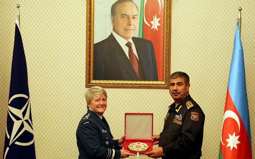 Zakir Həsənov NATO Müdafiə Kollecinin rəisi ilə görüşüb
