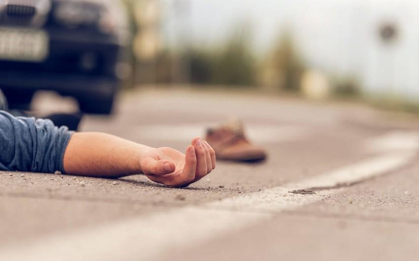 Biləsuvarda piyadanı avtomobil vuraraq öldürüb