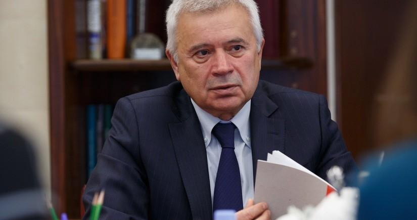 Vahid Ələkbərov ötən il ən çox gəliri olmuş 5 rusiyalı milyarderdən biridir