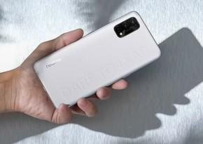 """""""Realme"""" ucuz smartfonlarını təqdim edib"""
