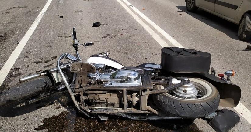 Ağstafada motosikletçi qəza nəticəsində xəsarət alıb