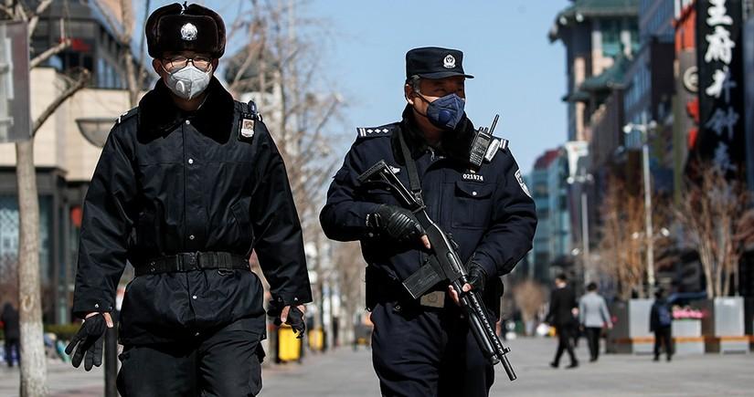 Çində 7 nəfəri bıçaqla öldürən şəxs özünü çaya atıb