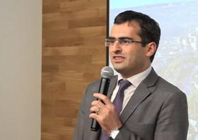 Armenian minister attacks journalist