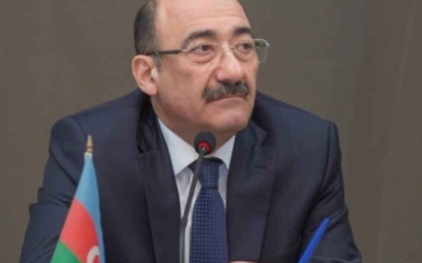 Nazir Bakı Xoreoqrafiya Akademiyasının rektorunu kollektivə təqdim edib