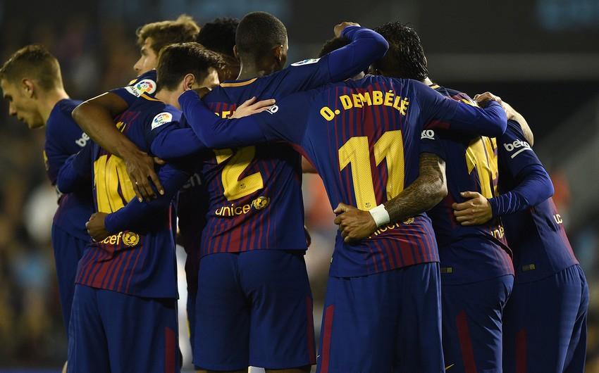 İspaniyanın Barselona klubu 16 il ərzində ilk dəfə yetirmələri olmadan oyuna çıxıb