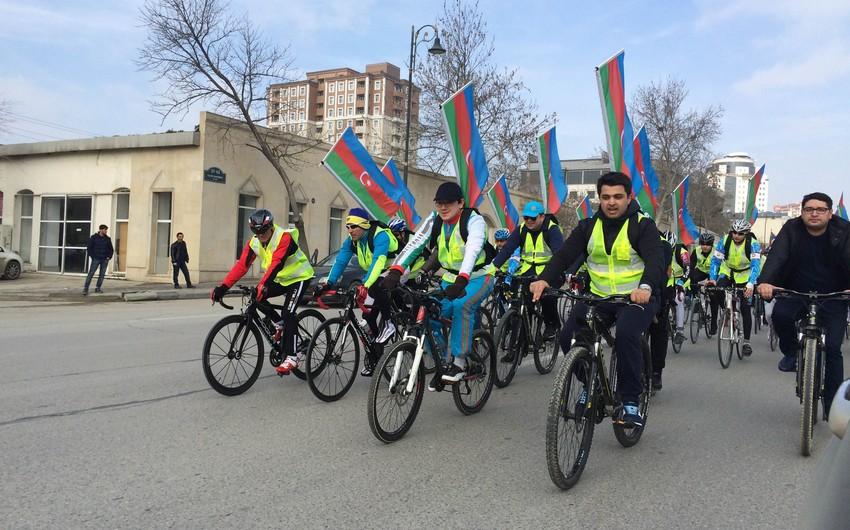 Bakıda keçirilən veloyürüşdə deputat və general iştirak edib - FOTO