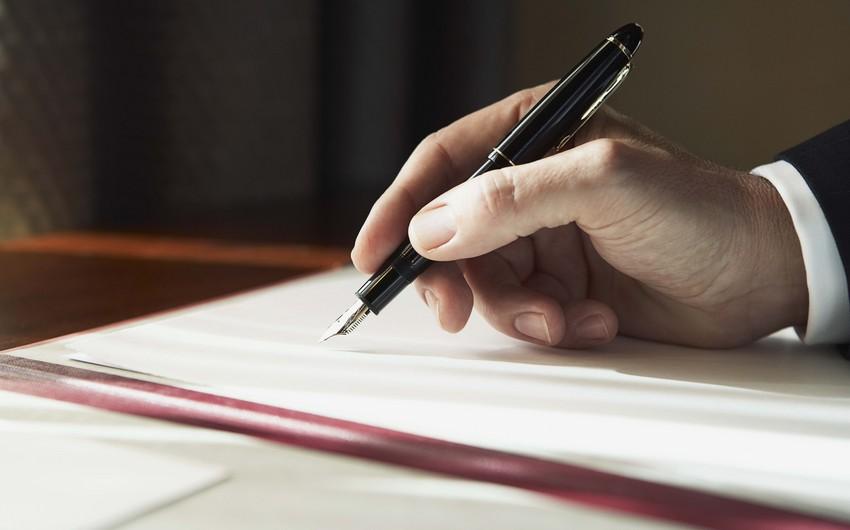 Hesablama Palatasının Aparatında dəyişikliklərlə bağlı əmr imzalanıb