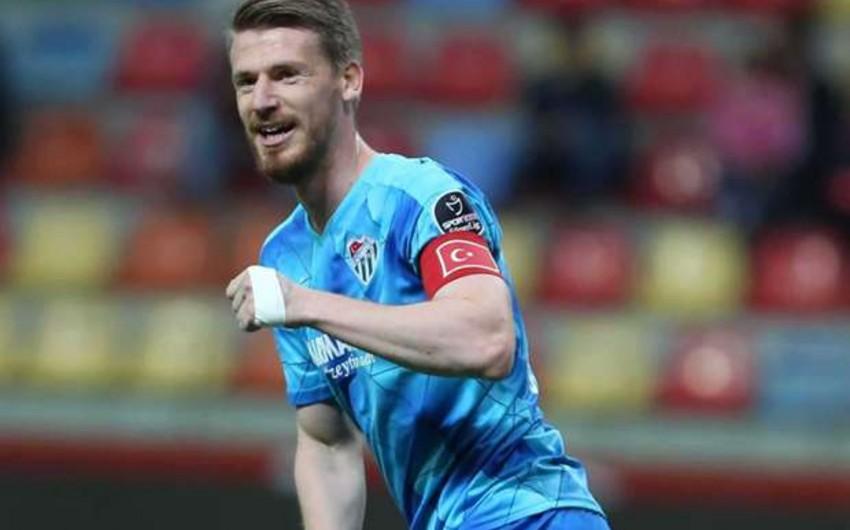 Qalatasaray Bursasporun müdafiəçisini transfer edib