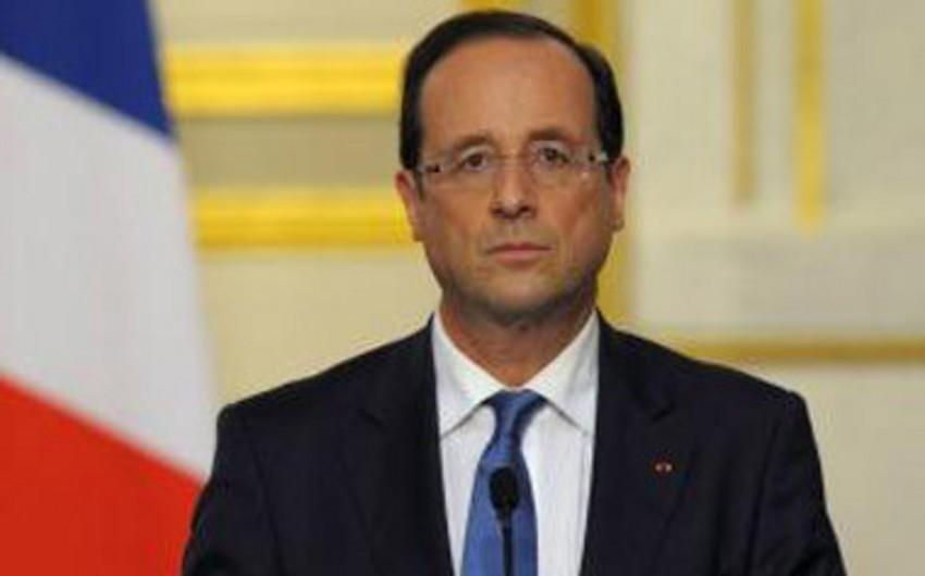 Fransa prezidenti ilk Mistralın Rusiyaya göndərilməsini dayandırmaq qərarına gəlib