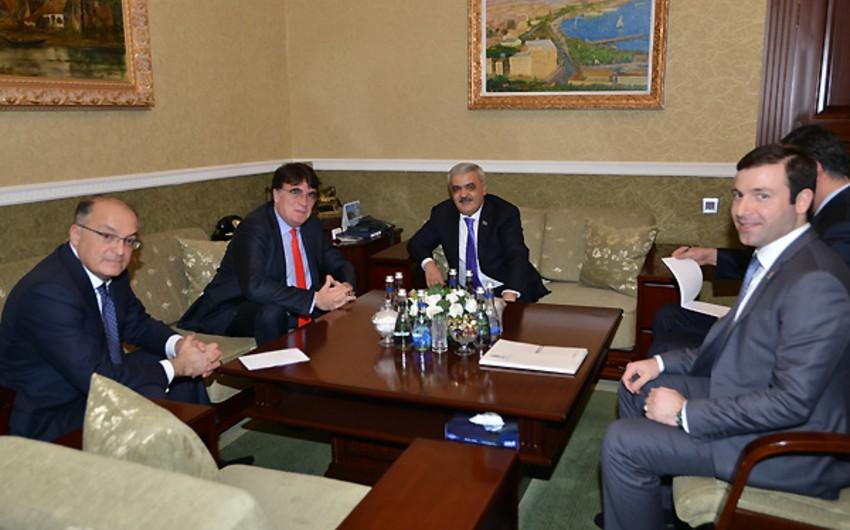 Президент АФФА обсудил с официальным лицом УЕФА игру Карабах-Интер