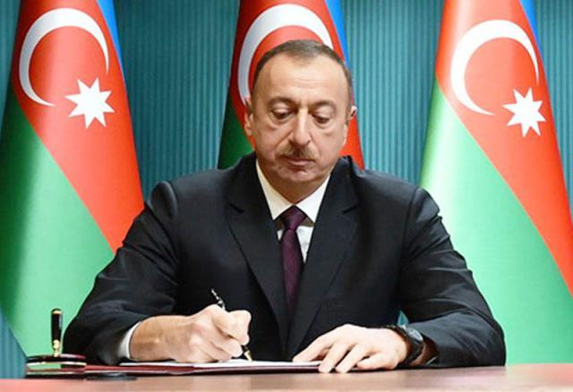 "President Ilham Aliyev awarded Alim Gasimov  with ""Sharaf"" Order"