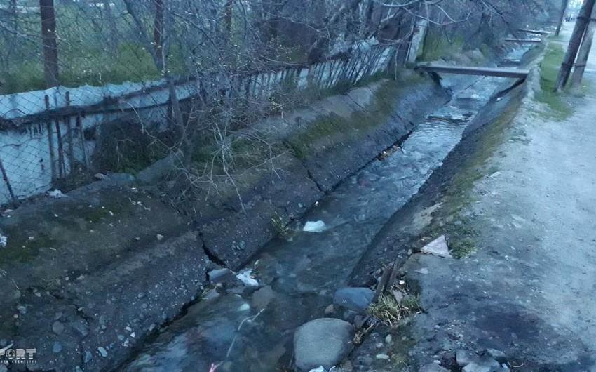 Gəncədə su kanalında batan 5 yaşlı qızın meyiti tapılıb - FOTO - YENİLƏNİB