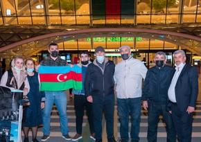 Türkiyəyə göndərilən 2 qazi sağalaraq Vətənə geri dönüb