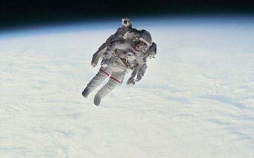 İlk dəfə açıq fəzaya çıxmış astronavt dünyasını dəyişib