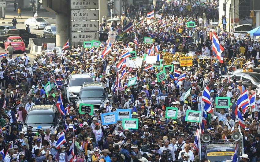 В ходе протестов в Таиланде пострадали не менее 30 человек