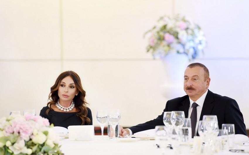 EOC's special awards presented to Ilham Aliyev and Mehriban Aliyeva - UPDATED