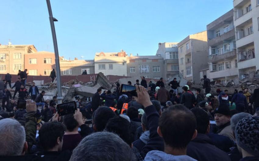 İstanbulda bina çöküb, 2 nəfər ölüb, 5-i yaralanıb