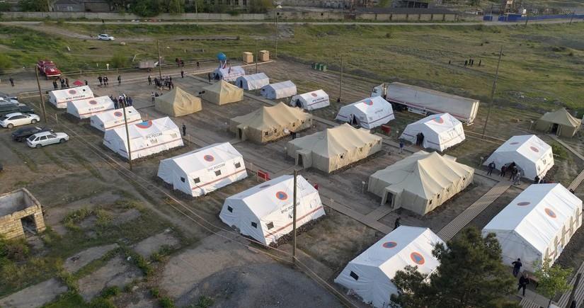 Пятеро детей и беременная женщина возвращены в Азербайджан из временного лагеря в Дагестане