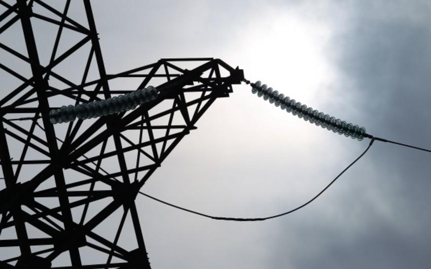 Azərbaycan bu il elektrik enerjisi ixracını 8% azaldıb