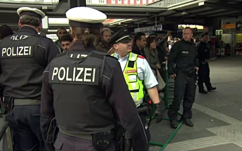 Оцепление вокруг офиса Ангелы Меркель снято - ОБНОВЛЕНО