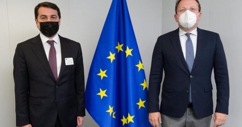 Hikmet Hajiyev meets with EU official in Brussels
