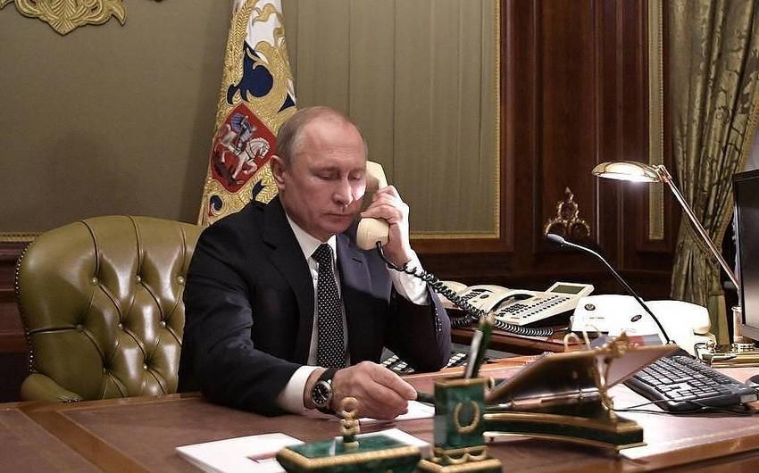 Putin Merkel və Makronla Avropa Birliyini, habelə pandemiyanı müzakirə etdi