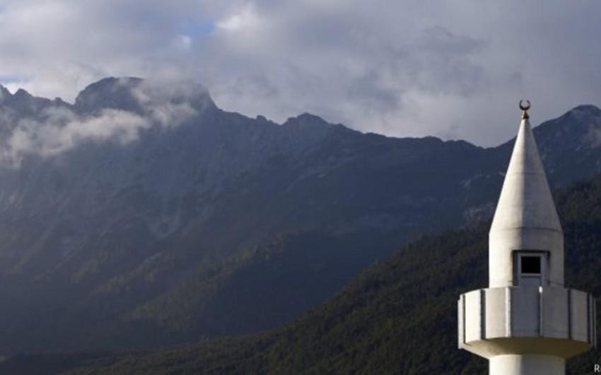 Avstriya parlamenti İslam qanununa ziddiyyətli dəyişiklik edib