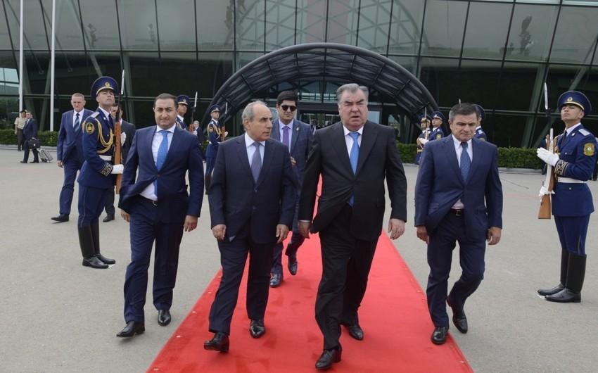 Tacikistan Prezidenti Emoməli Rəhmonun Azərbaycana rəsmi səfəri başa çatıb