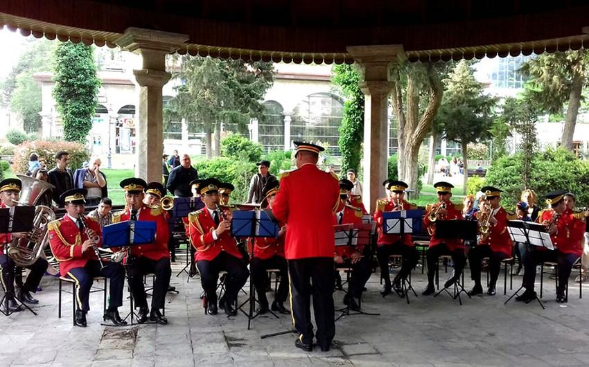 Bakıda hərbi orkestrlərin nümunəvi çıxışları təşkil olunub