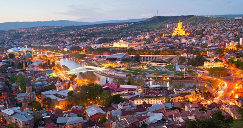 Gürcüstanın turizmdəngəliri97% azalıb