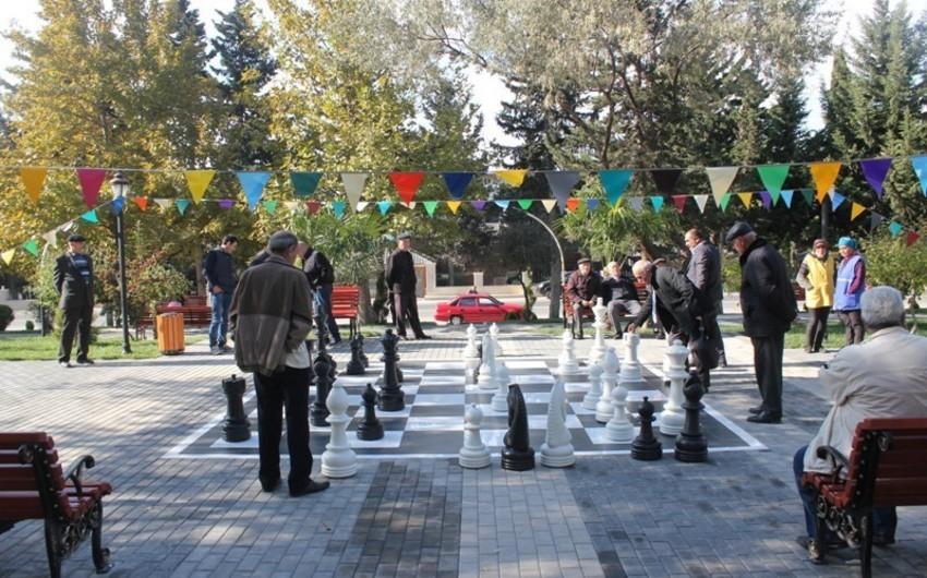 Nizami rayonunda istirahət parkı təmir olunaraq istifadəyə verilib