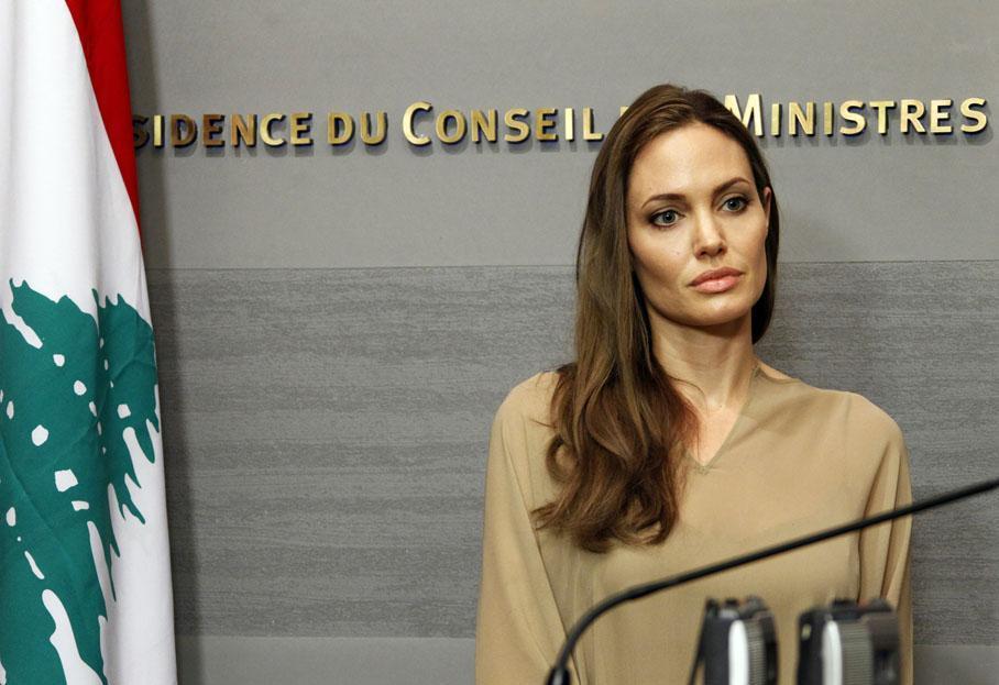 Анджелина Джоли посетила лагерь беженцев в Ираке
