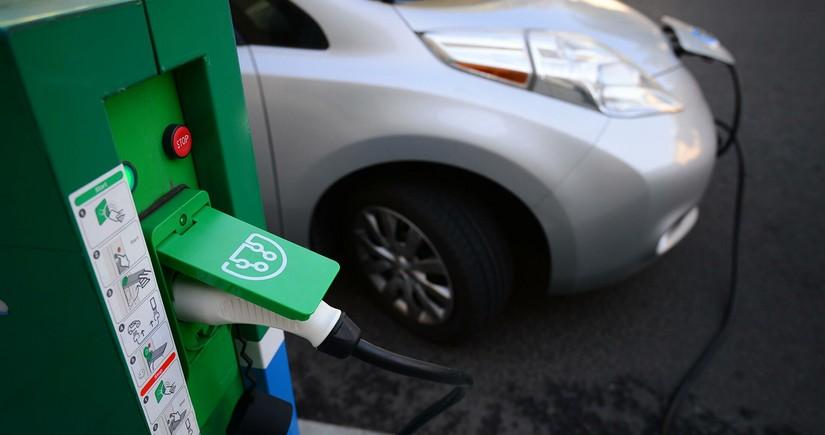 Britain may soon abandon petrol cars