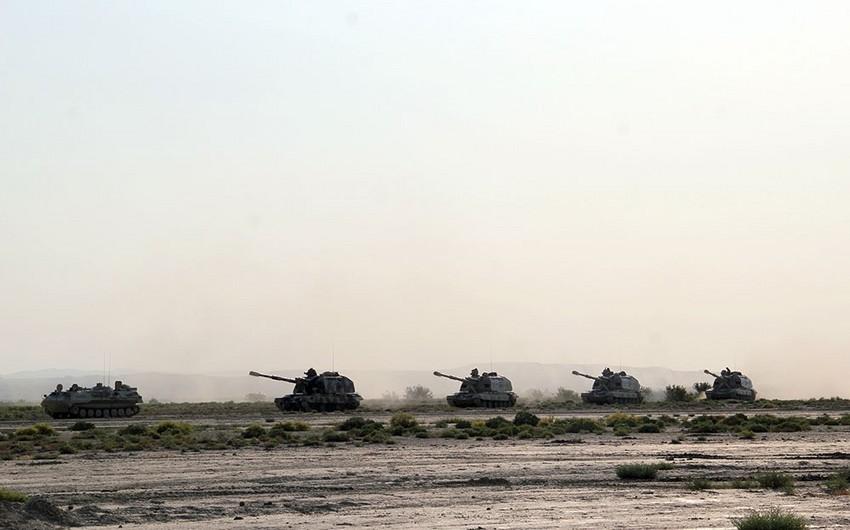 Commander training sessions held with artillerymen