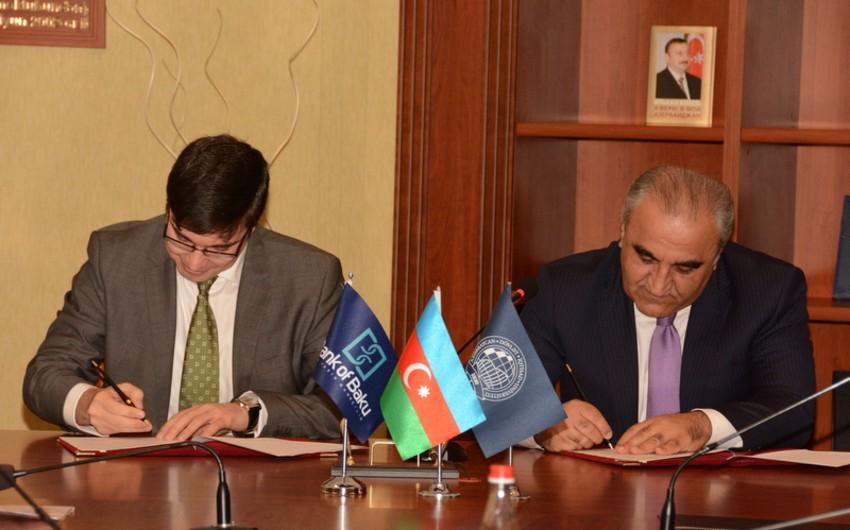 Bank of Baku ilə Dövlət İqtisad Universiteti arasında əməkdaşlıq sazişi imzalanıb